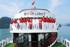 staff of starlight halong cruises