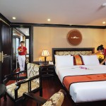 connecting cabins for family on starlight cruises halong