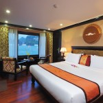 Deluxe Cabin on Starlight Cruise halong bay