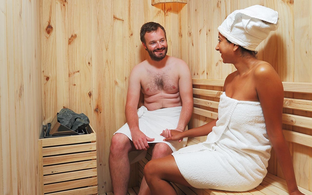 sauna service at Halong Bay cruises