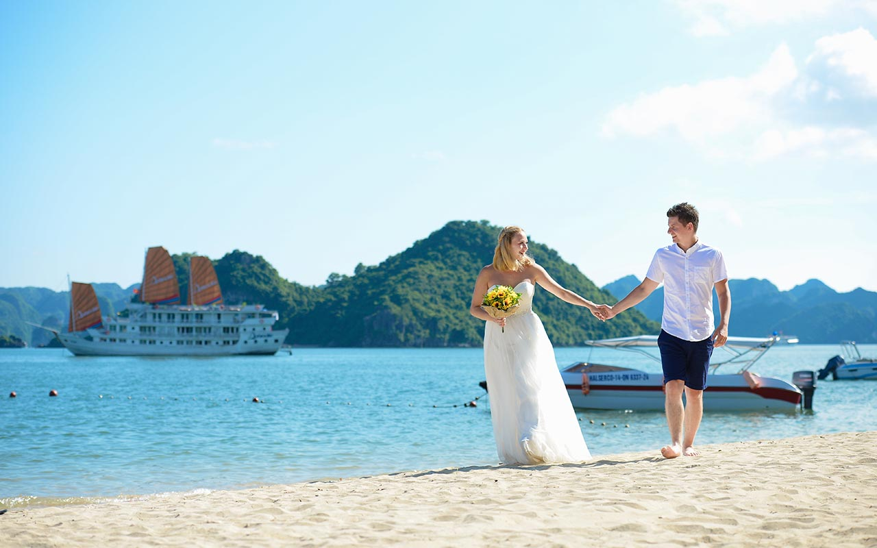 halong bay wedding cruise