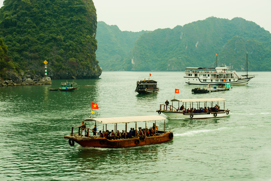 Activities on Halong bay tours