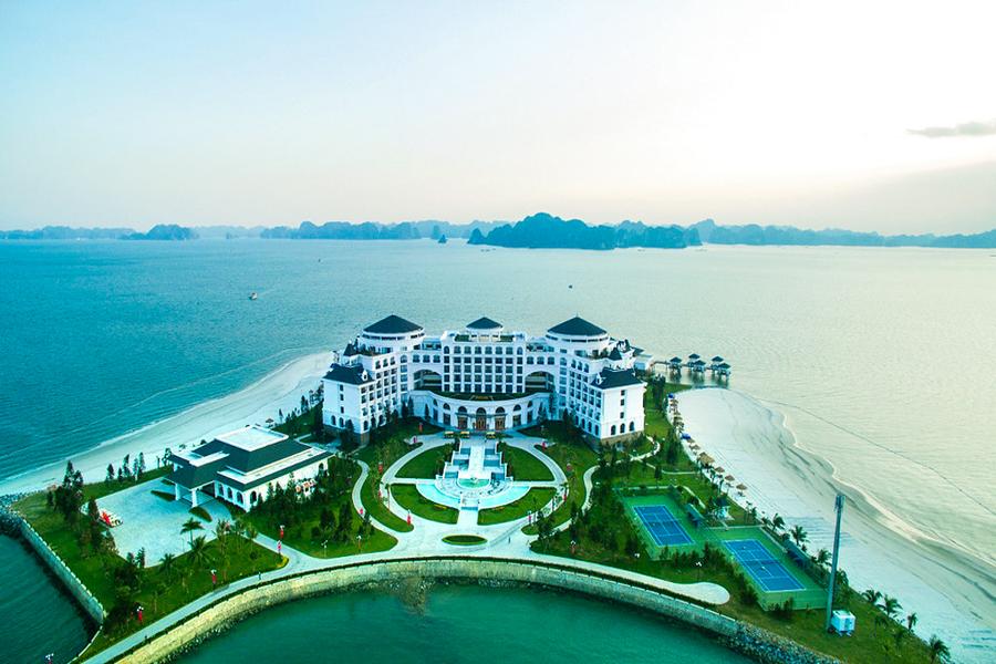 Resort in Halong