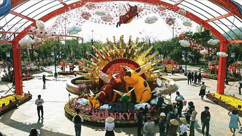 The Spring Flower Festival in Halong